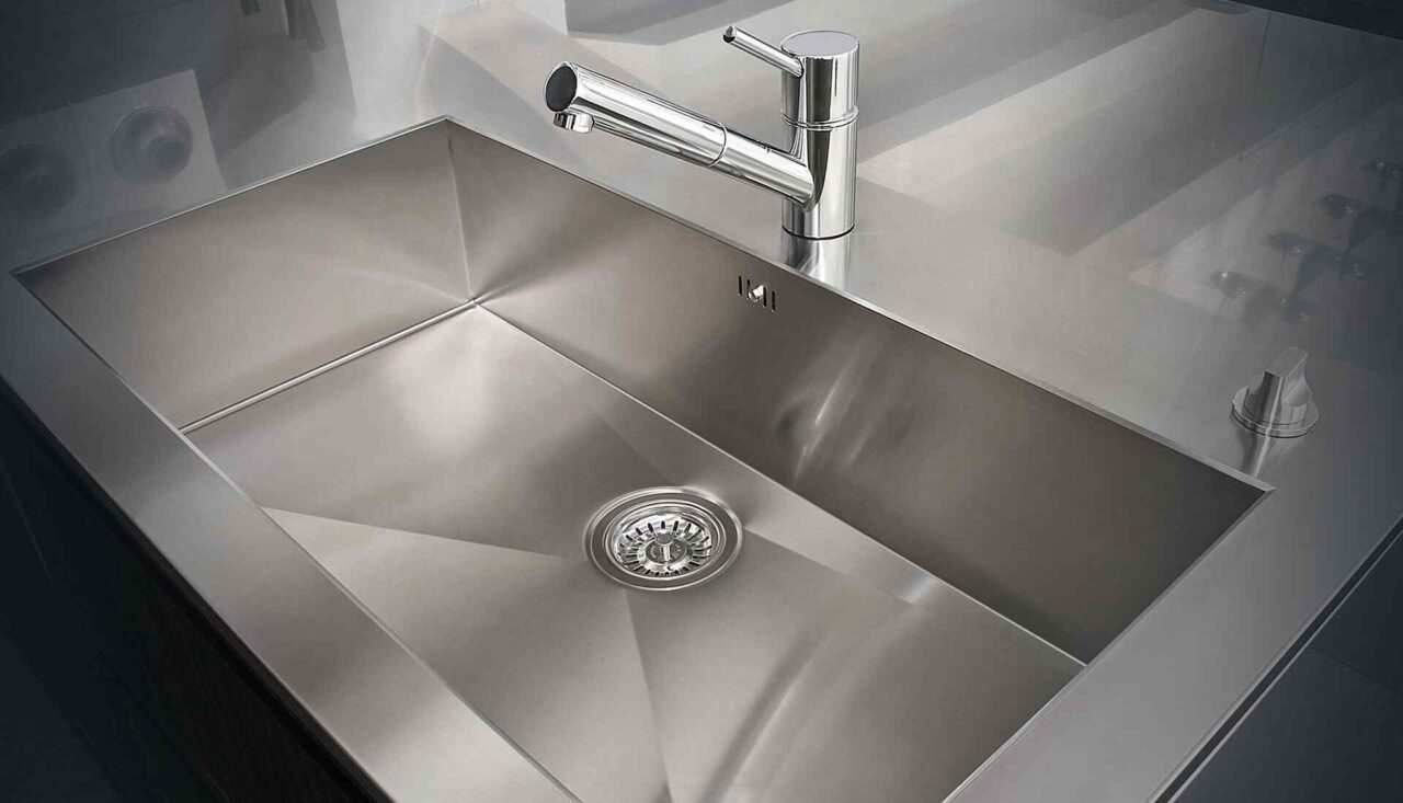 https://www.argo-drains.co.uk/wp-content/uploads/2018/10/background_heating_09-1280x733.jpg