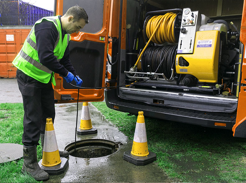 https://www.argo-drains.co.uk/wp-content/uploads/2019/07/2-min.jpg